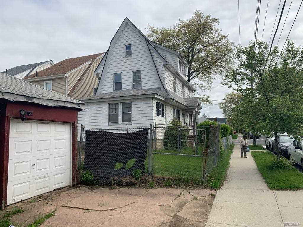 Residential For Sale in 9148 Springfield Blvd, Queens Village N, NY ,11427