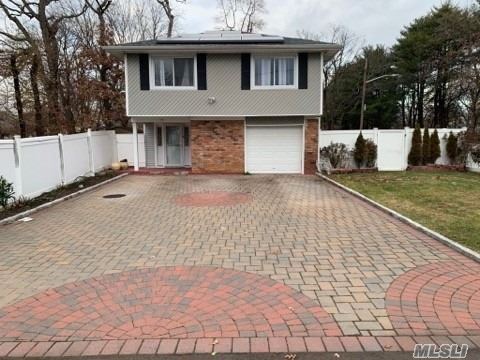 Residential For Sale in 97 Washington Ave, Wheatley Heights, NY ,11798