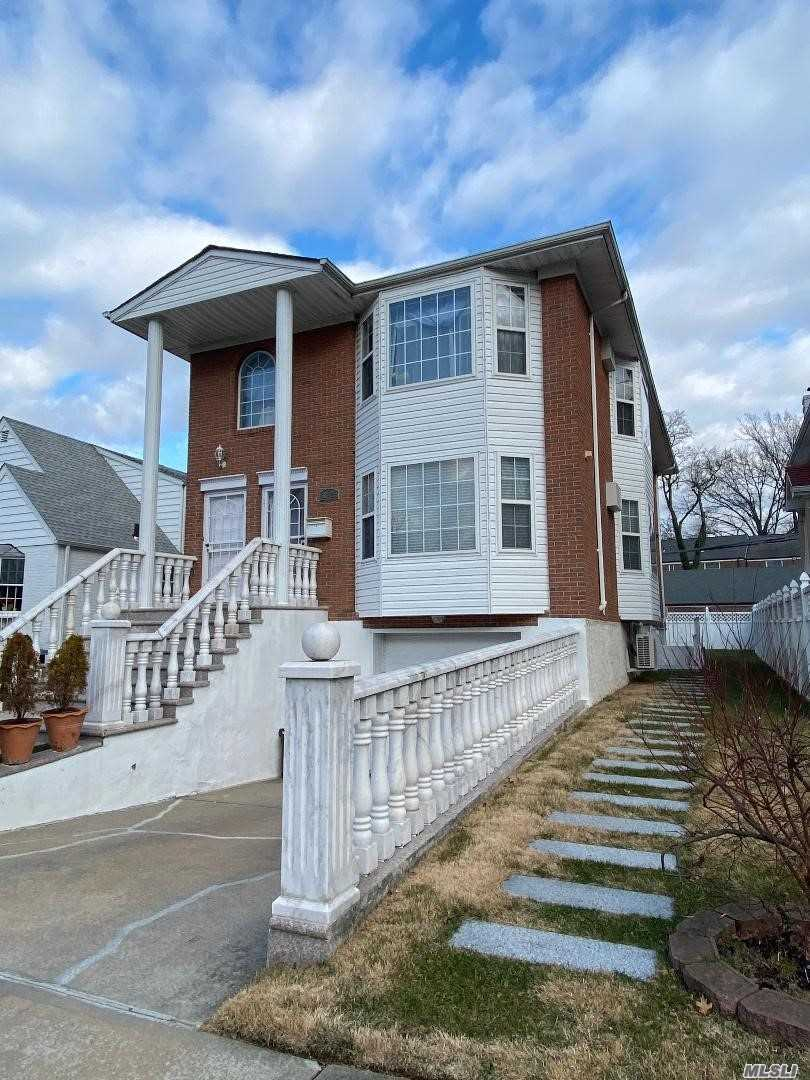 Residential For Sale in 60-23 255 St, Little Neck, NY ,11362