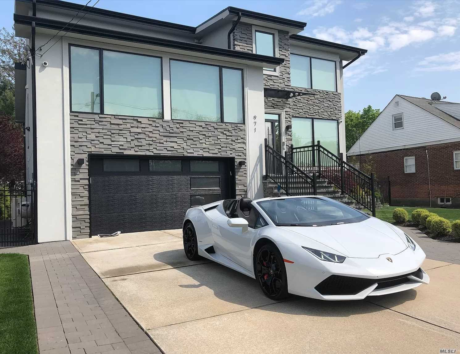 Residential For Sale in 971 Allen Lane, Woodmere, NY ,11598