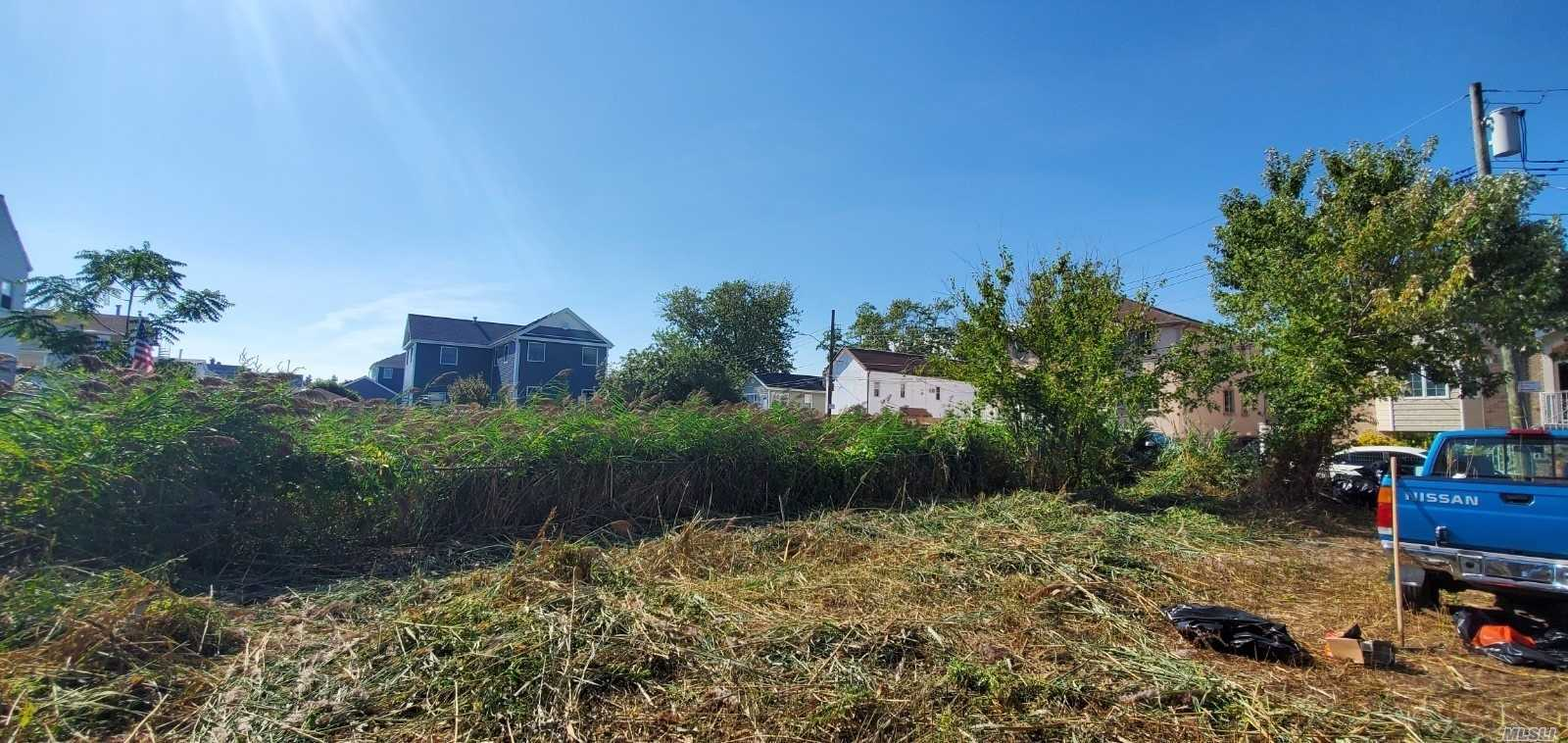 Land for sale in 163rd Dr, Hamilton Beach, NY ,11414