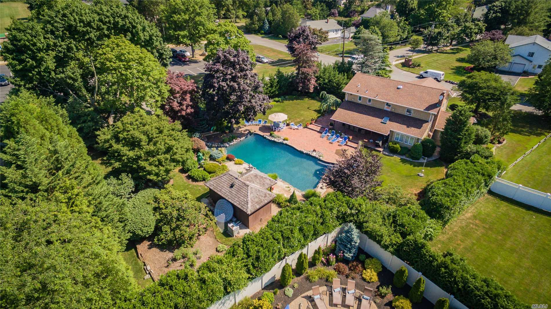 Residential For Sale in 50 Thadford St, E. Northport, NY ,11731