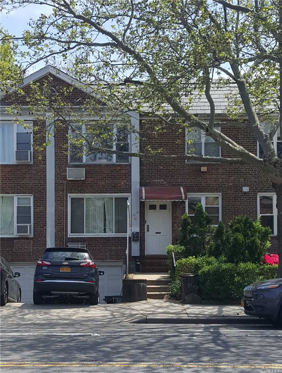 Residential For Sale in 138-52 Jewel Ave, Kew Garden Hills, NY ,11367
