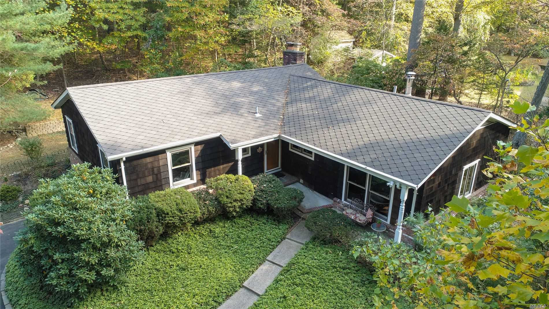 Residential For Sale in 339 Niss River Rd, St. James, NY ,11780
