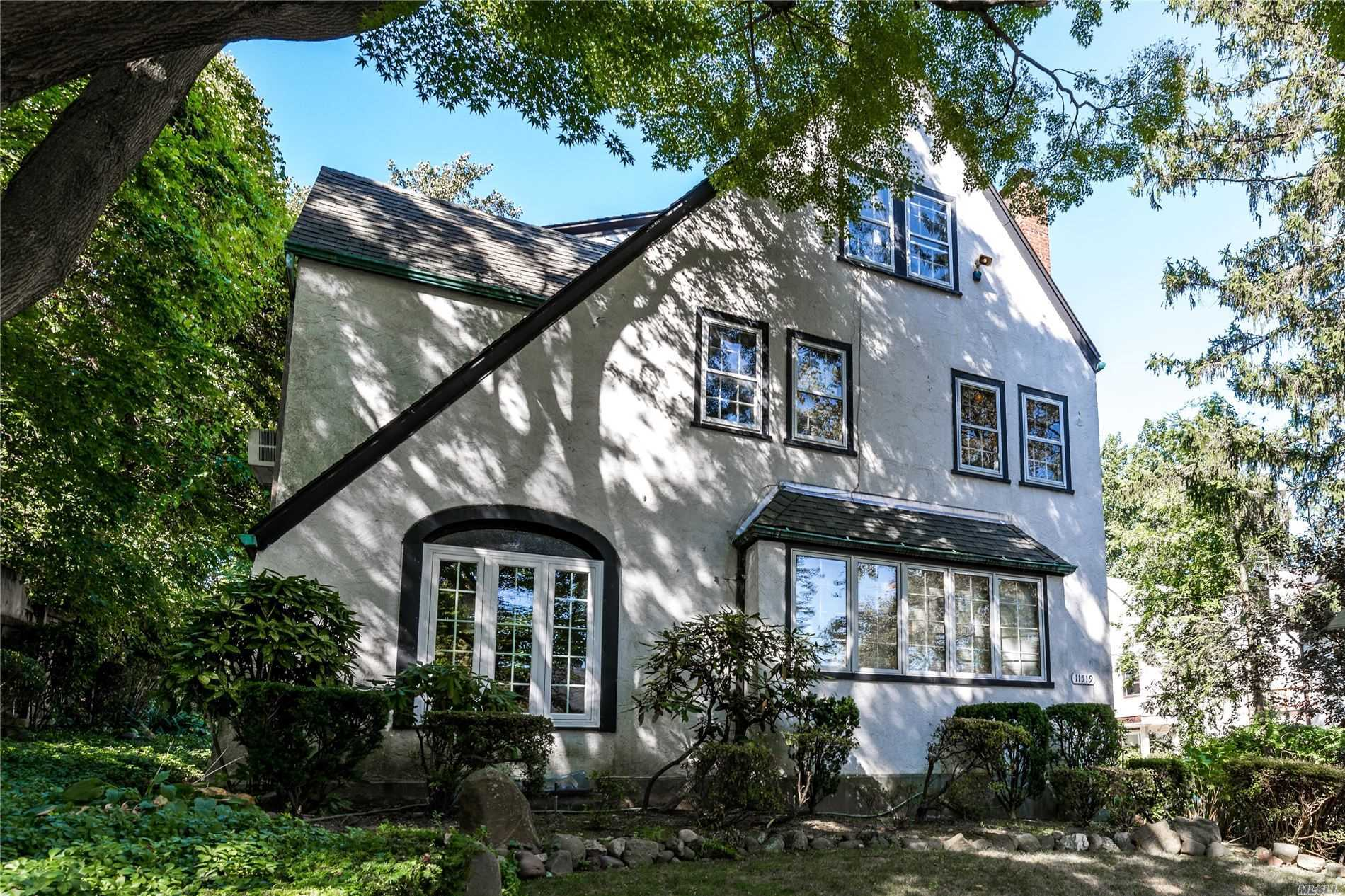 Residential For Sale in 115-19 Curzon Rd, Kew Gardens, NY ,11415