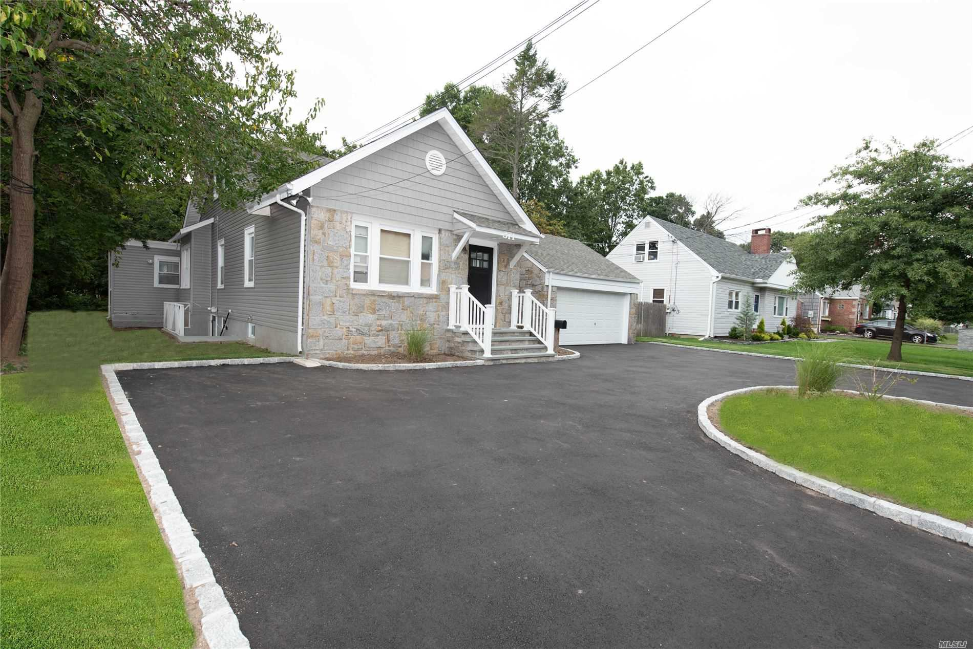 Residential For Sale in 371 Broadway, Bethpage, NY ,11714