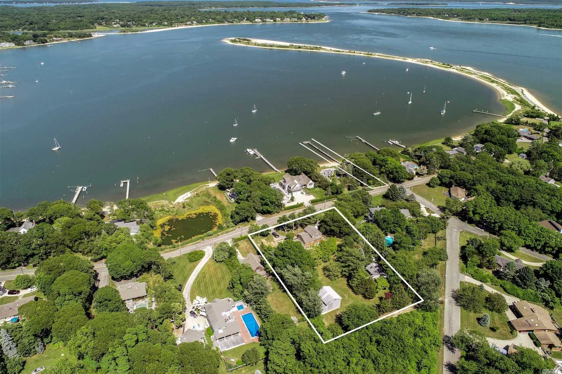 Residential For Sale in 24-31 East Brander Par, Shelter Island, NY ,11964
