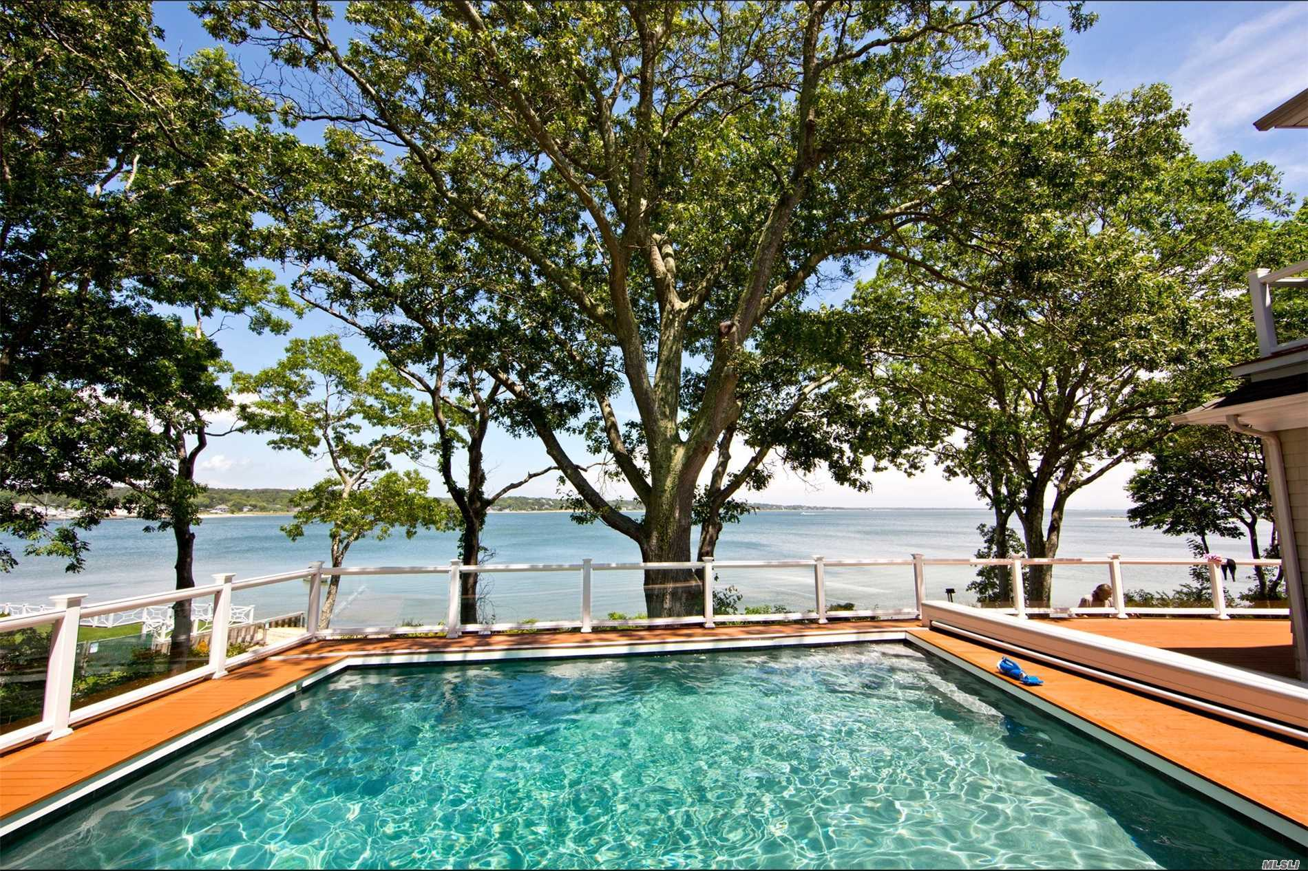 Residential For Sale in 11 Bayview Dr, Hampton Bays, NY ,11946