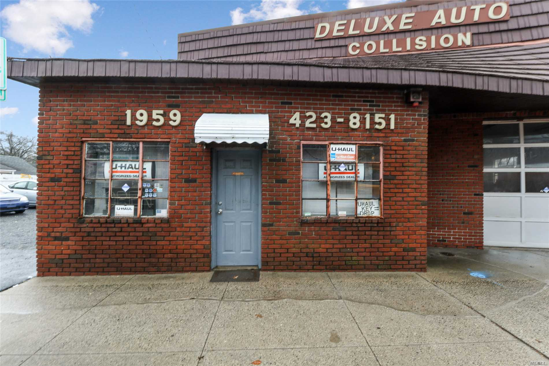 Commercial for sale in 1959 New York Ave, Huntington Sta, NY ,11746