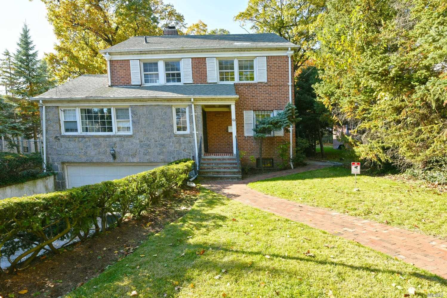 Residential For Sale in 86-20 Avon St, Jamaica Estates, NY ,11432