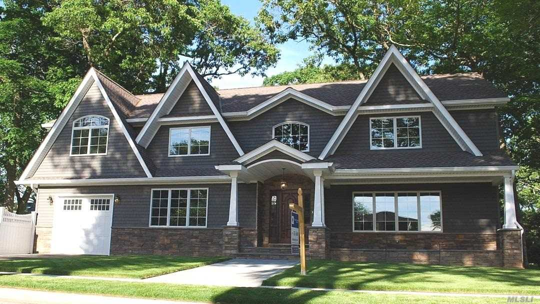 Residential For Sale in 1555 Argyle Rd, Wantagh, NY ,11793