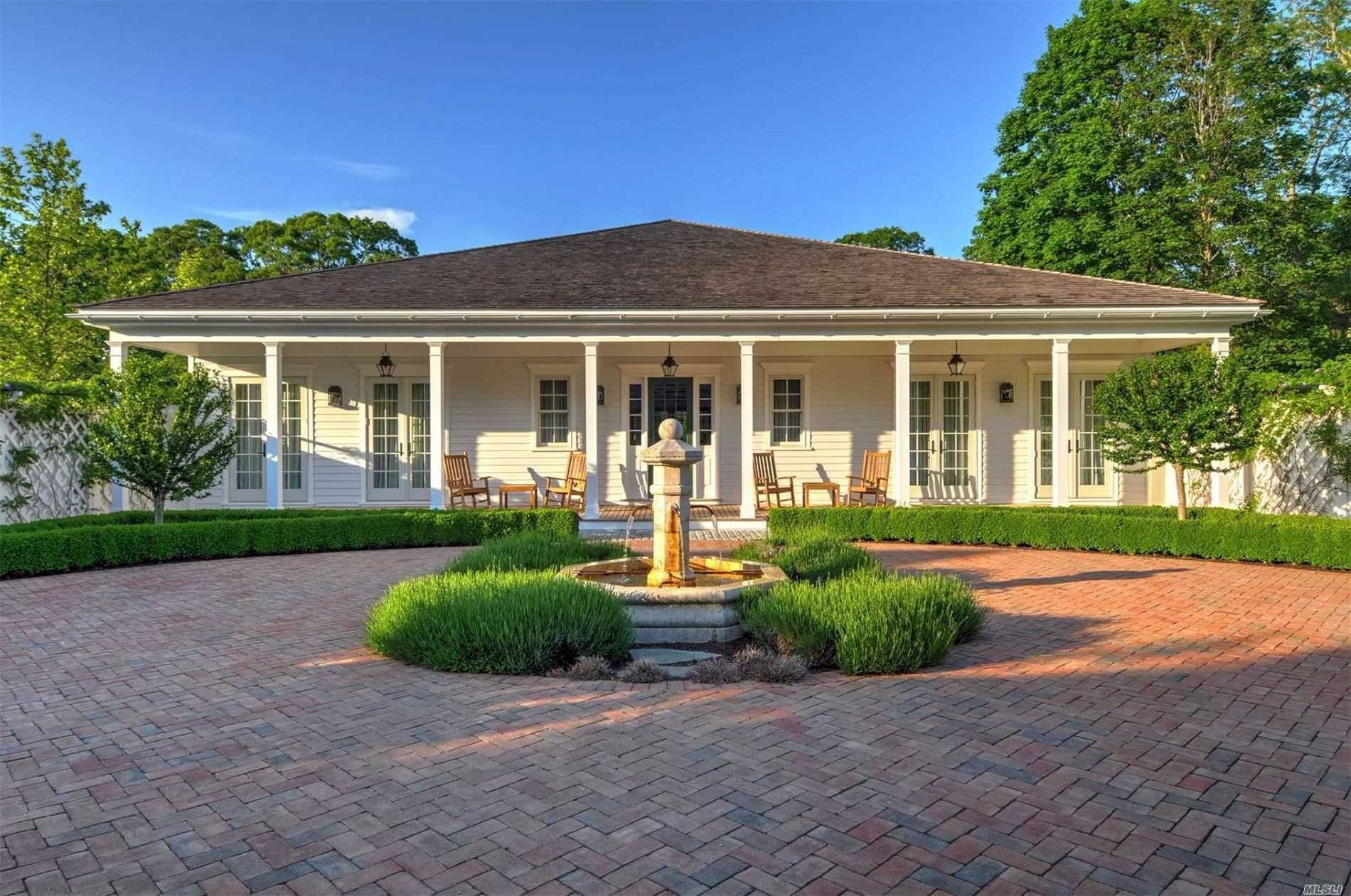 Residential For Sale in 145 Sayres Path, Wainscott, NY ,11975