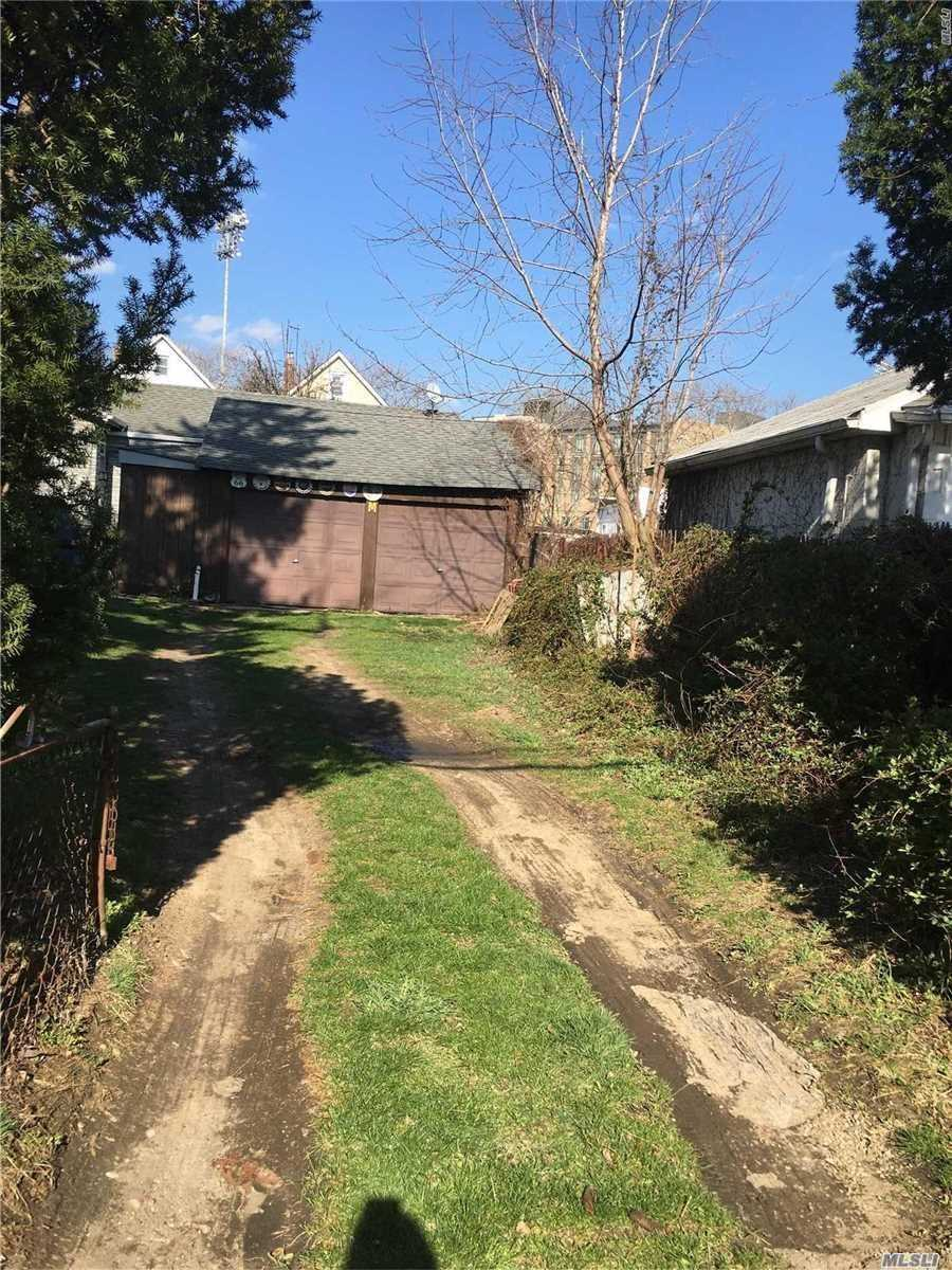 Residential For Sale in 80-33 169 St, Hillcrest, NY ,11432