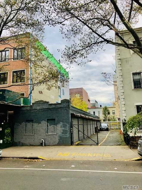 Commercial for sale in 291 Franklin Ave, Brooklyn, NY ,11205