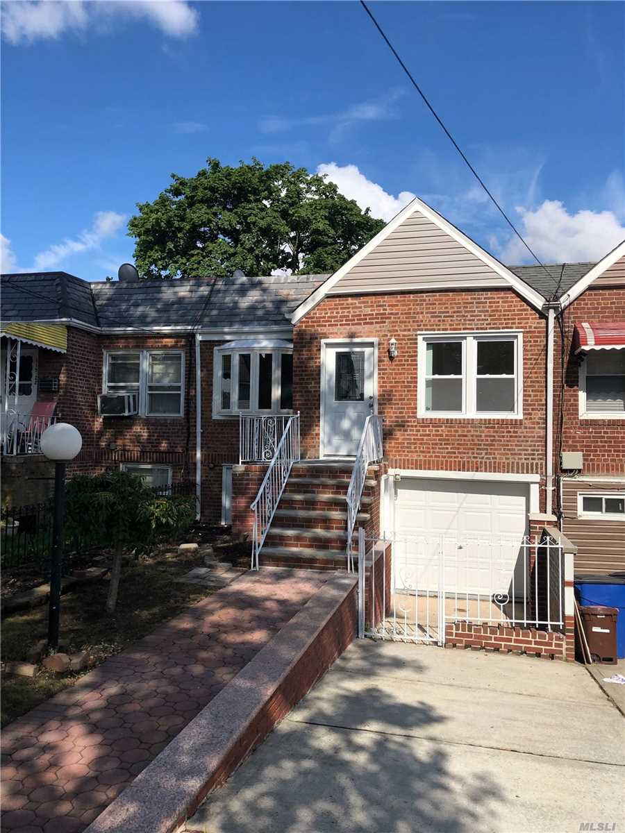 Residential For Sale in 115-20 217th St, Cambria Heights, NY ,11411