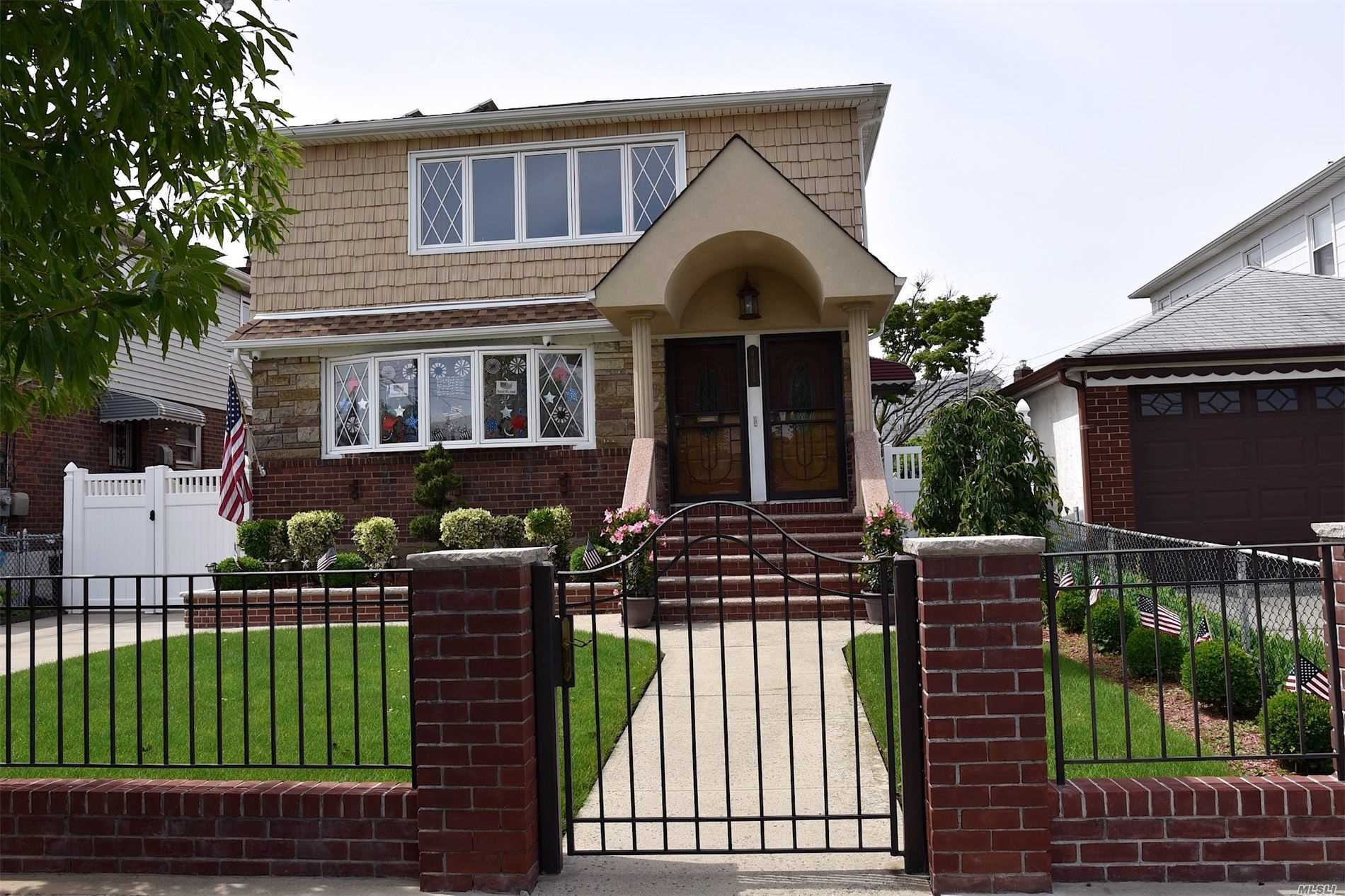 Residential For Sale in 96-12 156th Ave, Howard Beach, NY ,11414