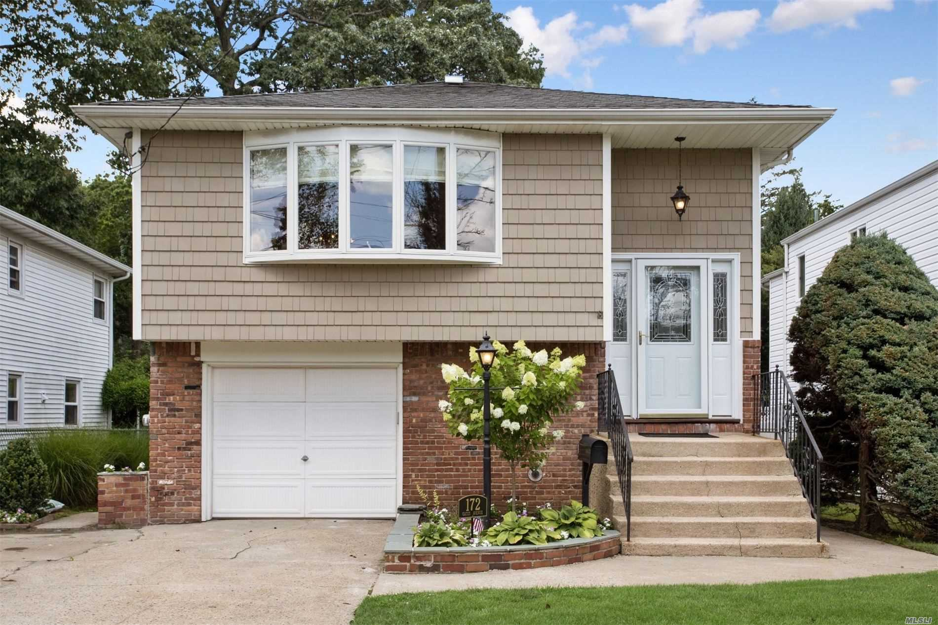Residential For Sale in 172 Gates Ave, Malverne, NY ,11565