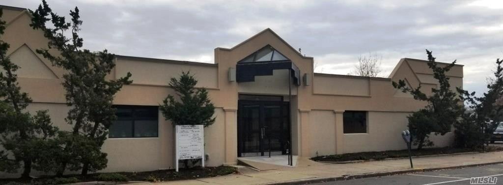 Commercial for sale in 10 Union Ave, Lynbrook, NY ,11563