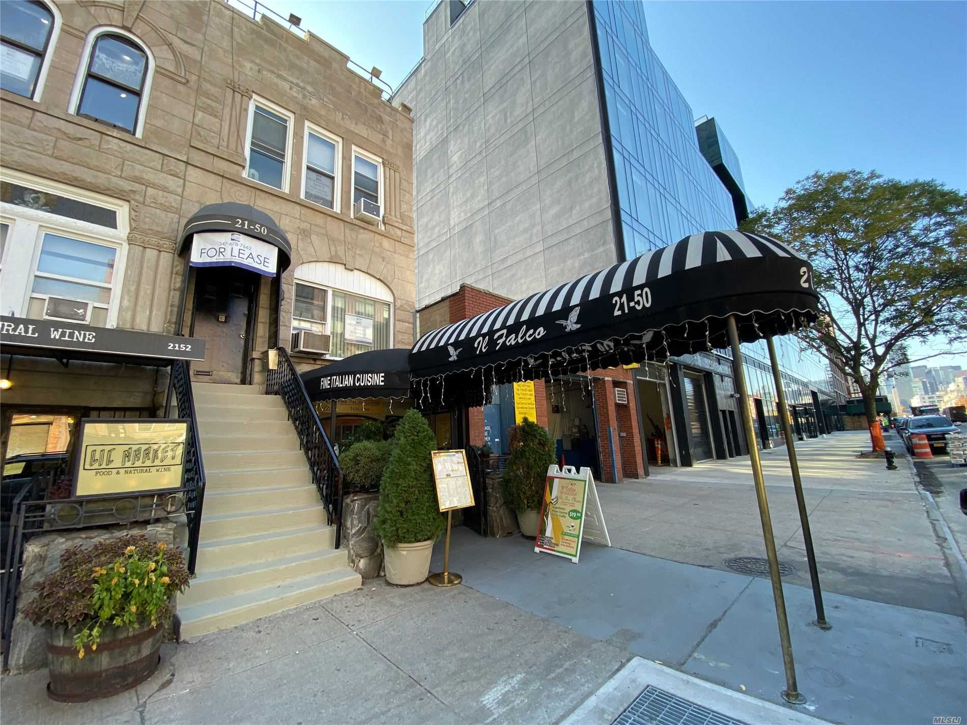 Residential For Rent in 21-50 44th Dr, Long Island City, NY ,11101