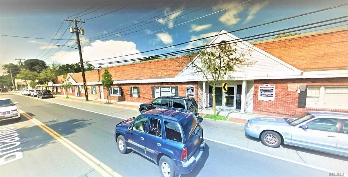 Commercial for sale in 137 Broadway, Amityville, NY ,11701