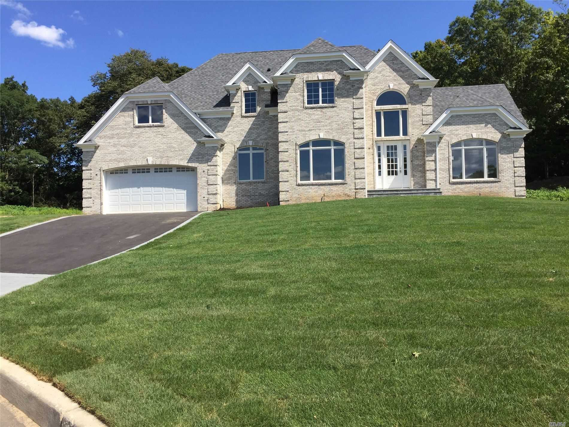Residential For Sale in Lot 5 Bridal Ct, Hauppauge, NY ,11788