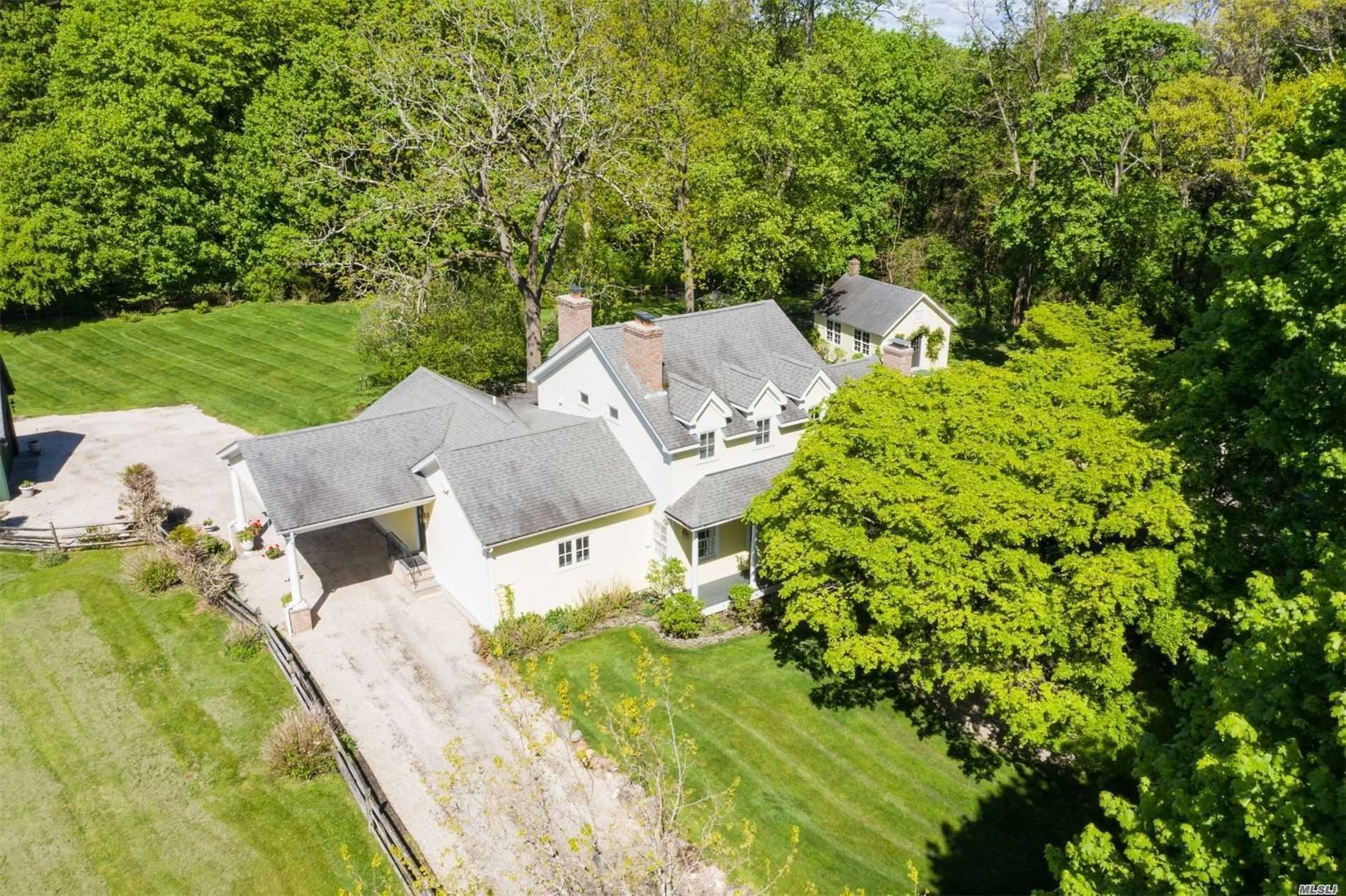 Residential For Sale in 1 Friends Way, Head Of Harbor, NY ,11780