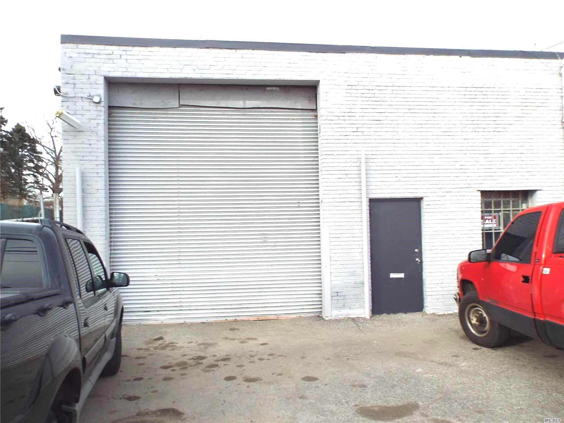 Commercial for sale in 1111 Marconi Blvd, Copiague, NY ,11726