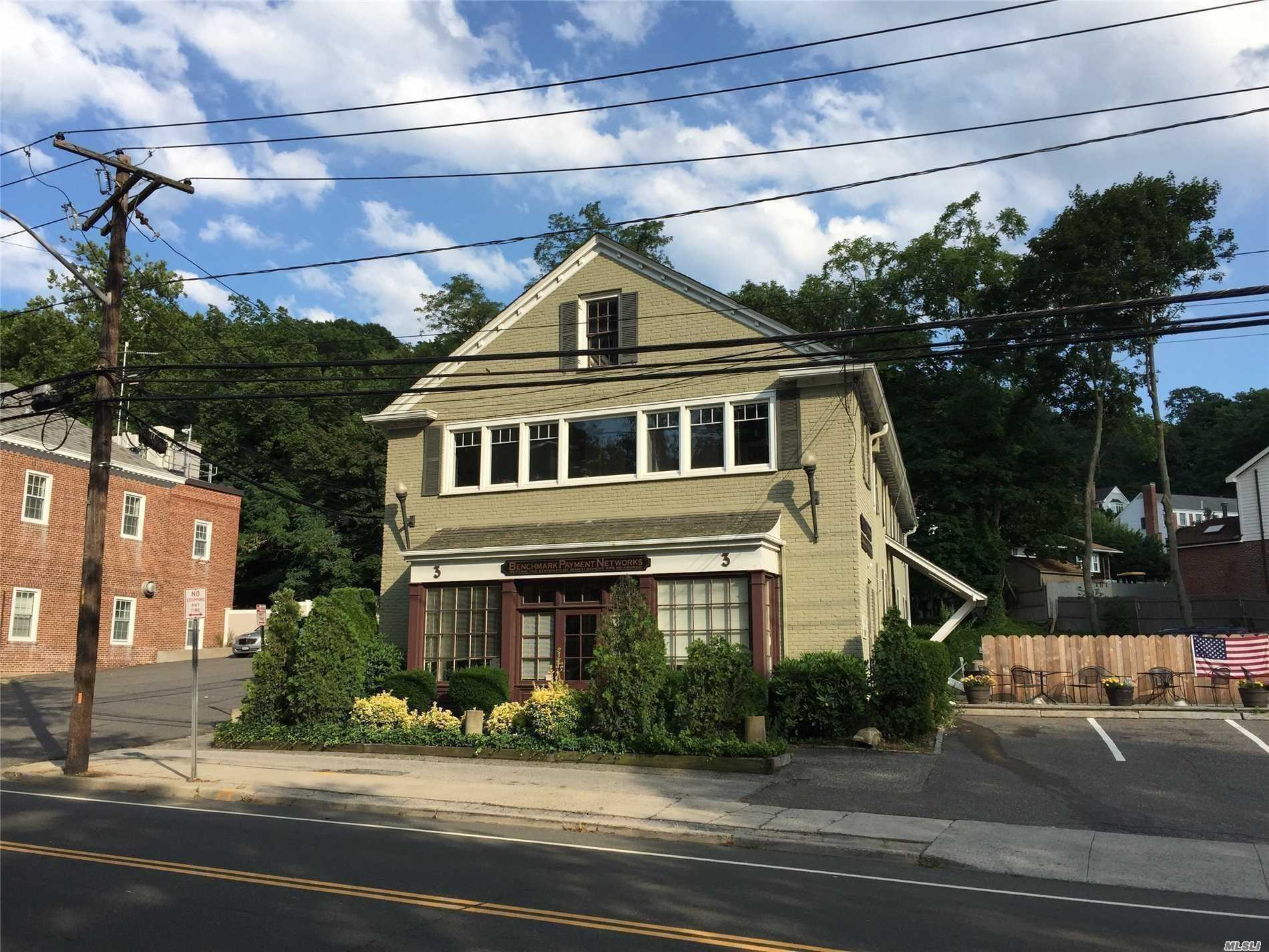Commercial for sale in 3 Harbor Rd, Cold Spring Hrbr, NY ,11724