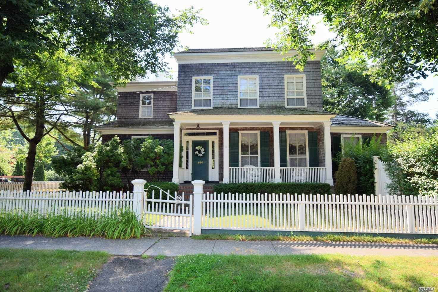 Residential For Sale in 180 Country S Rd, Bellport Village, NY ,11713