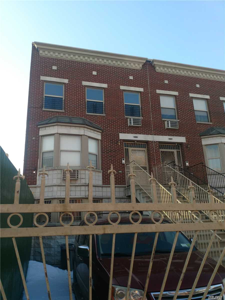 Residential For Rent in 1465 Gates Ave, Bushwick, NY ,11237