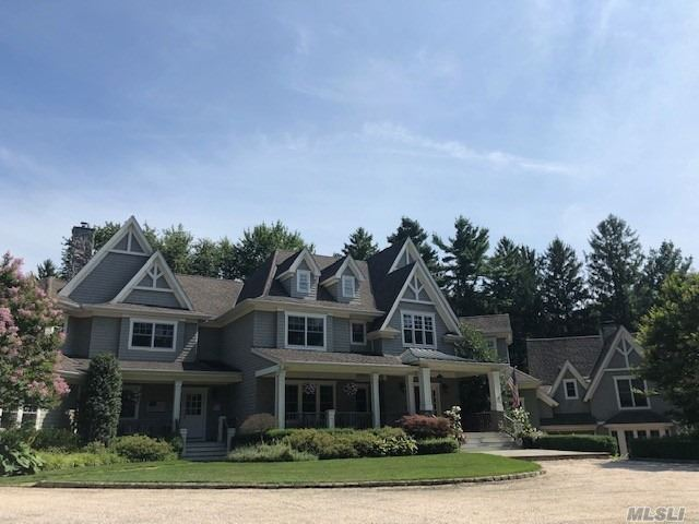 Residential For Sale in 1436 Ridge Road, Laurel Hollow, NY ,11791