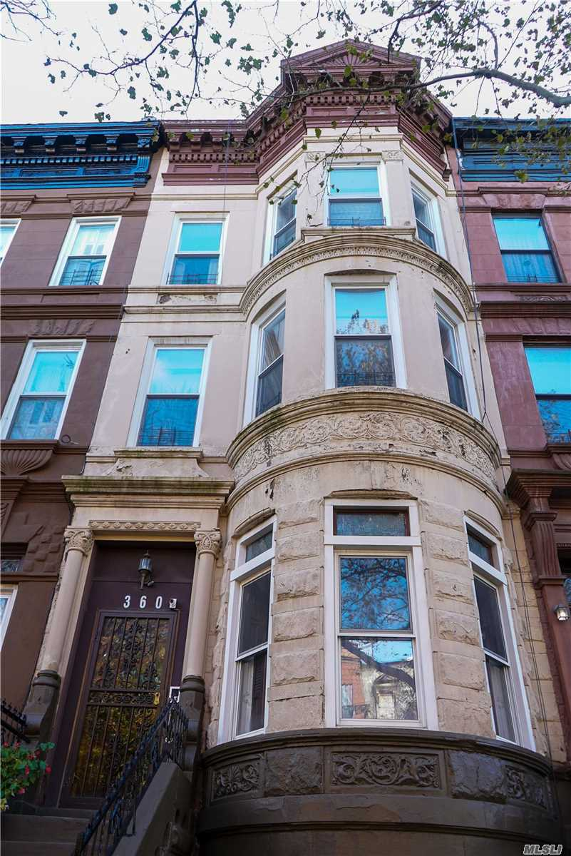 Residential For Sale in 360 Jefferson Ave, Brooklyn, NY ,11221