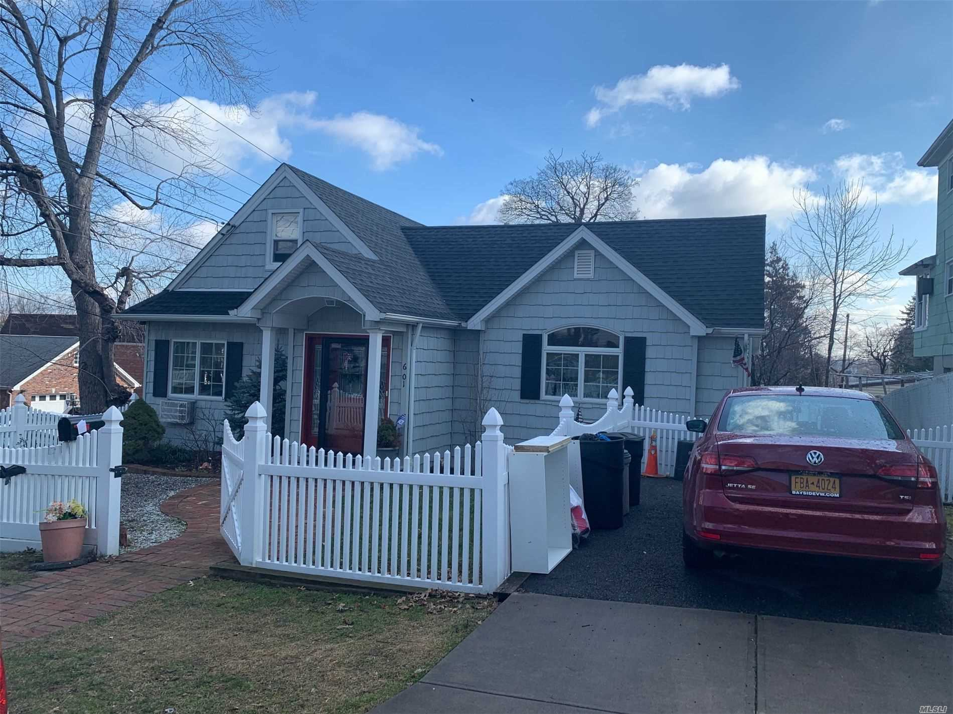Residential For Sale in 6-01 128 Street, College Point, NY ,11356