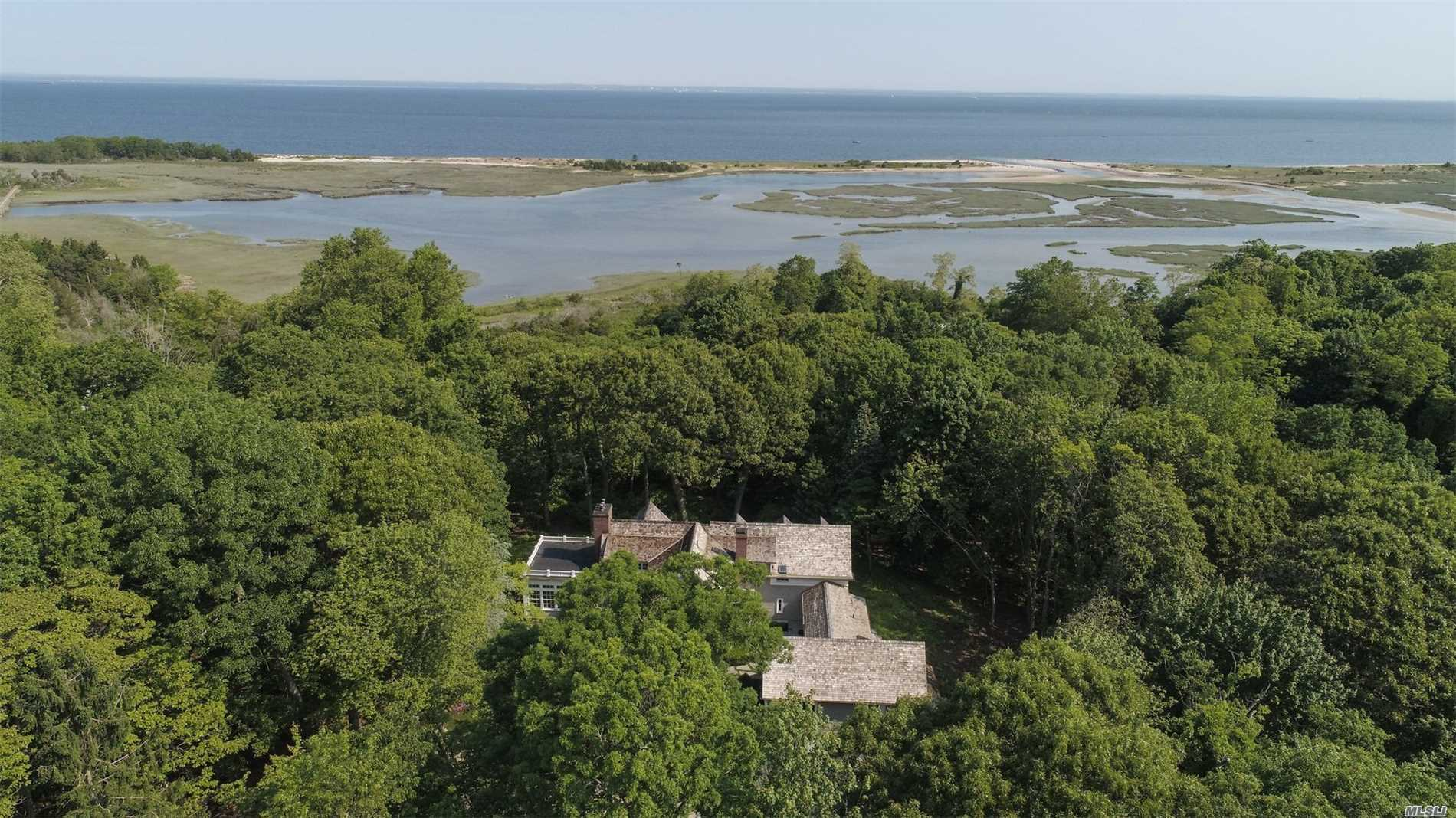 Residential For Sale in 15 Crane Neck Rd, Old Field, NY ,11733