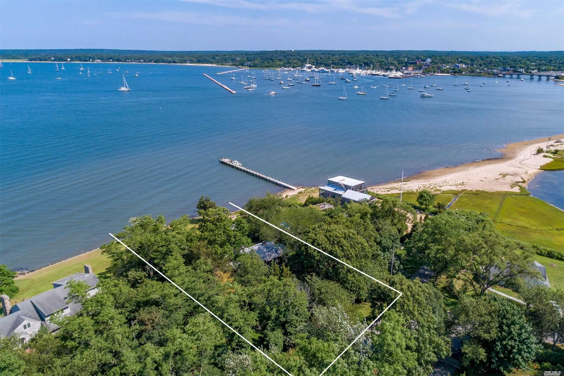 Residential For Sale in 20 Harbor E Dr, Sag Harbor, NY ,11963