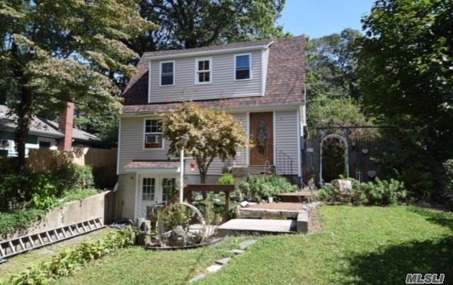 Residential For Sale in 107 Beacon Dr, Sound Beach, NY ,11789