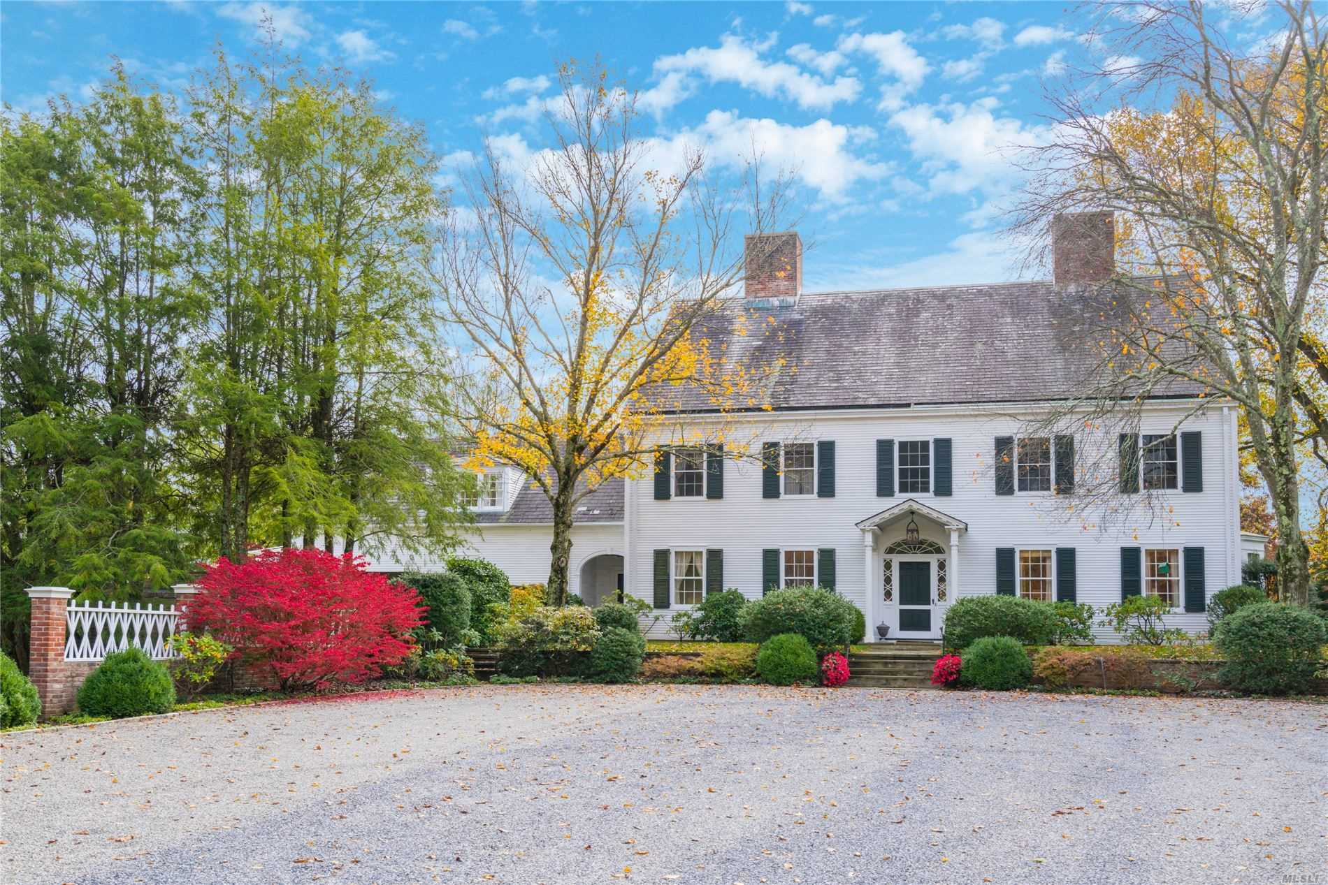 Residential For Sale in 45 Shutter Ln, Oyster Bay Cove, NY ,11771