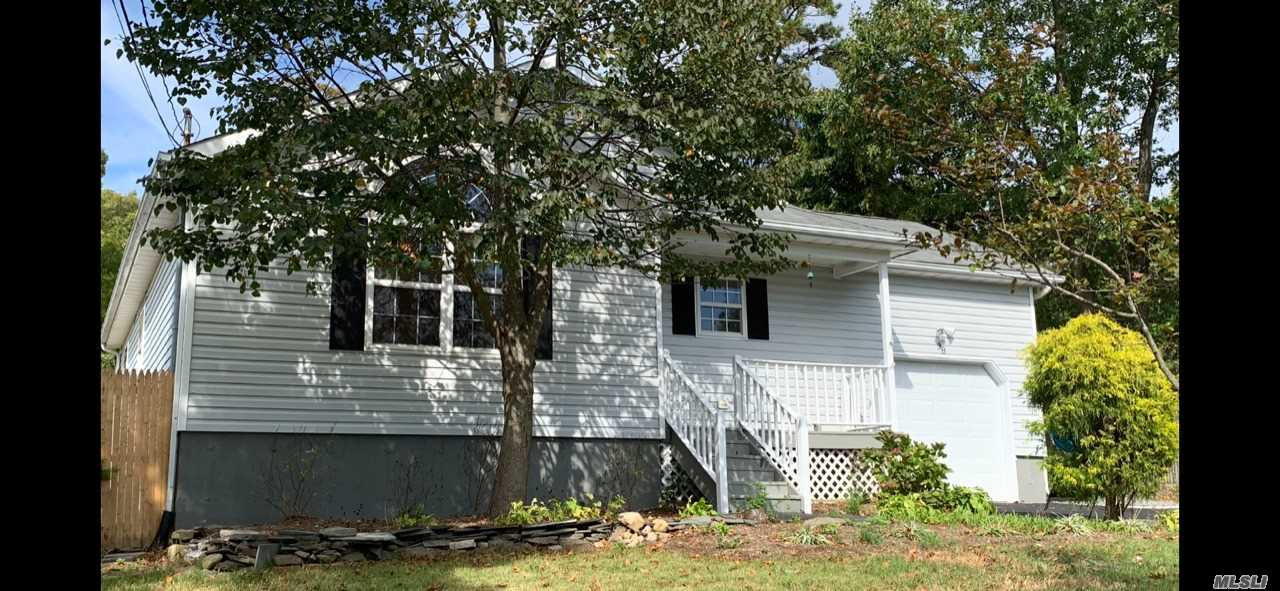 Residential For Sale in 38 Victory Ave, Shirley, NY ,11967