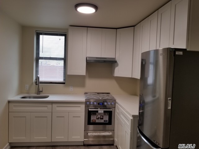 Residential For Rent in 38-02 34 St, Long Island City, NY ,11101