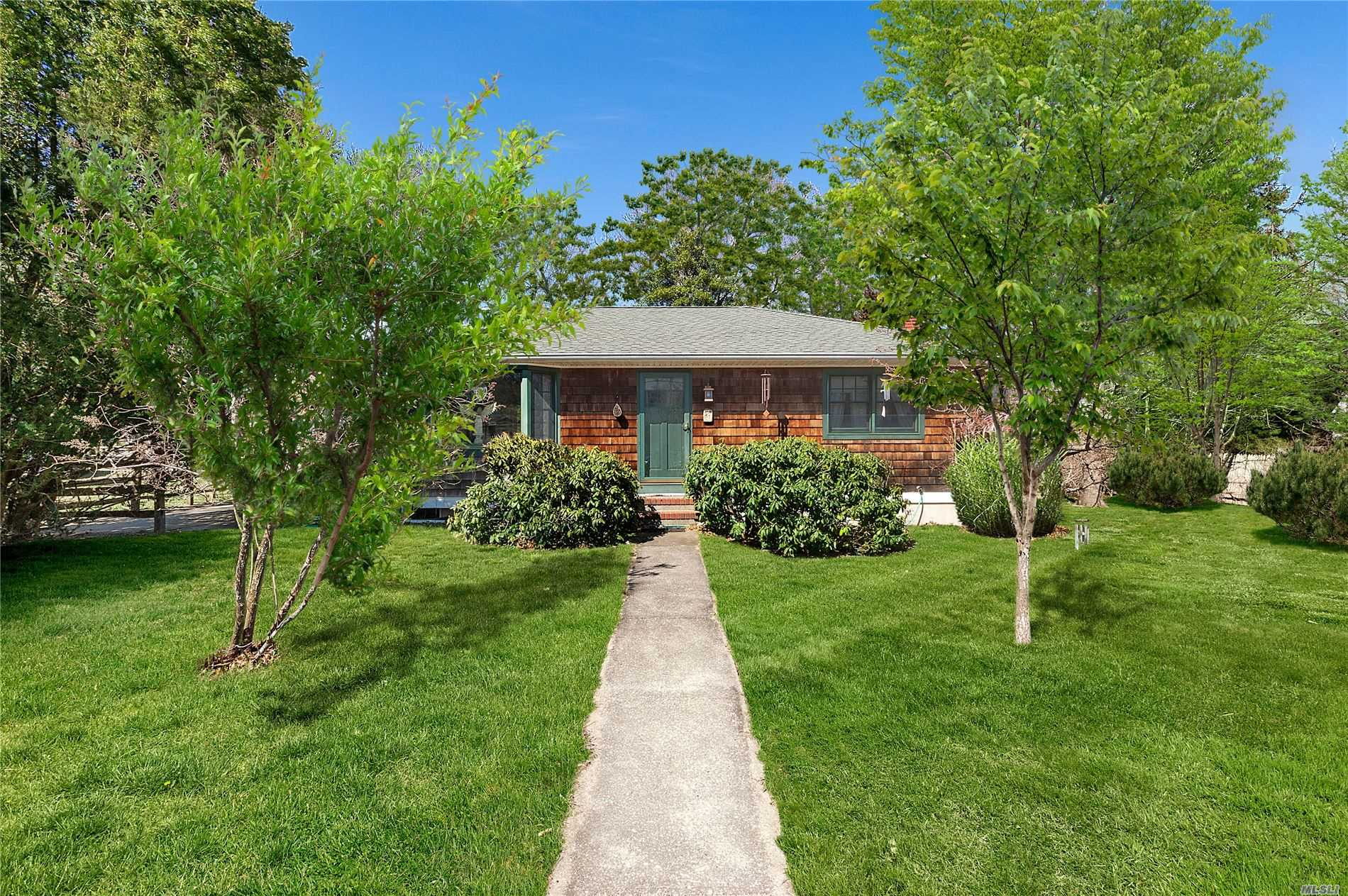 Residential For Sale in 115 Franklin Ave, Sag Harbor, NY ,11963