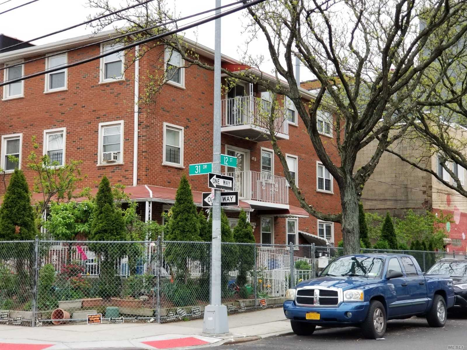 Residential For Rent in 3141 12th St, Long Island City, NY ,11106