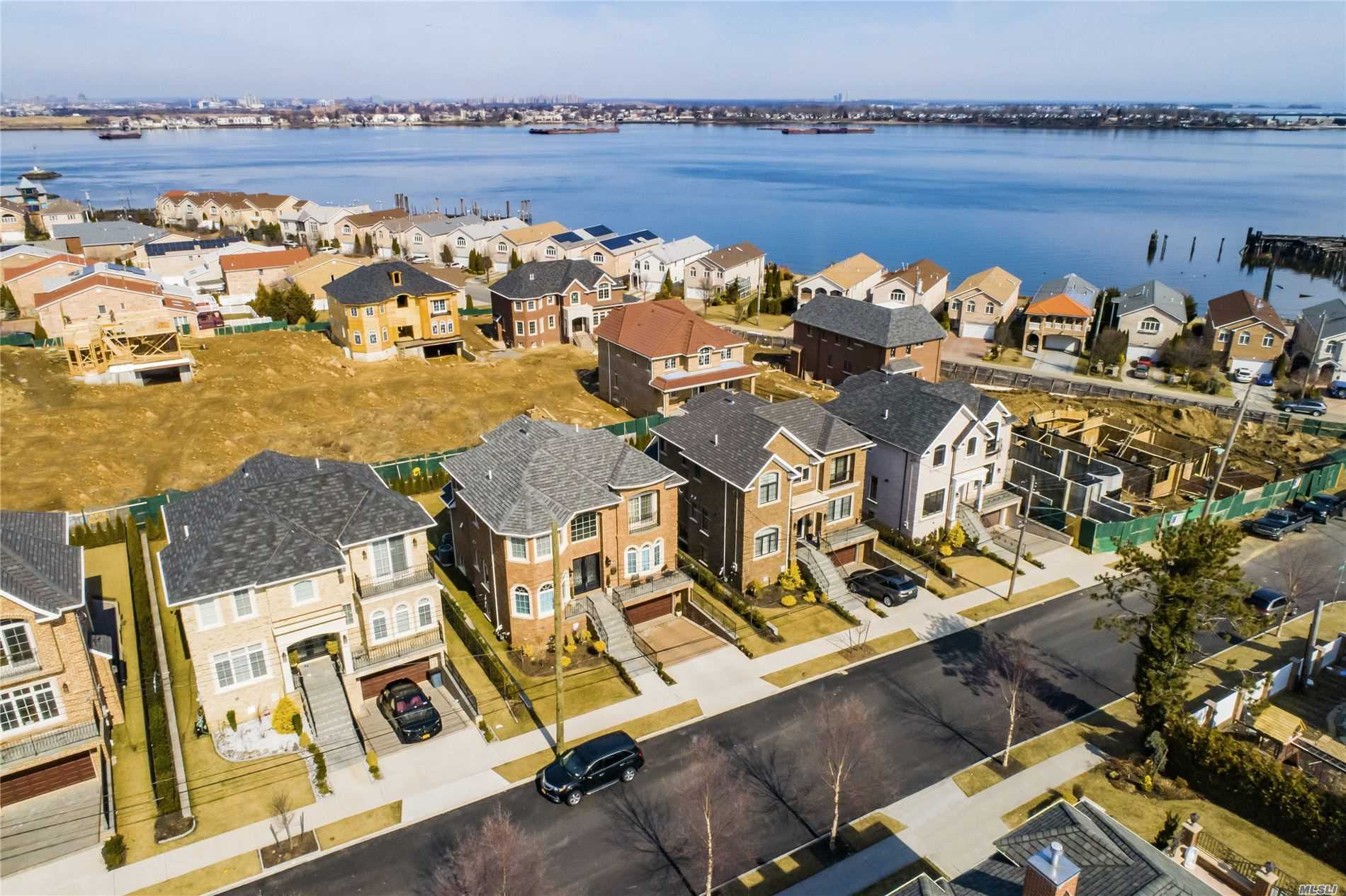 Residential For Sale in 150-67 6th Avenue, Whitestone, NY ,11357