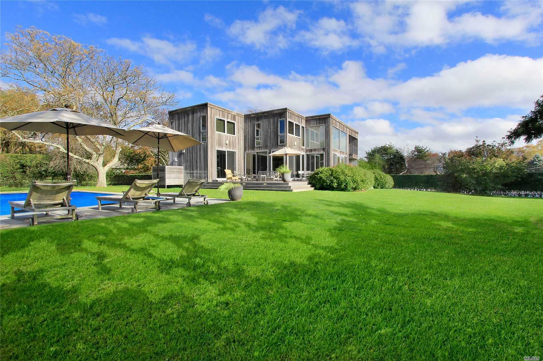 Residential For Sale in 158 Montrose Lane, Water Mill, NY ,11976
