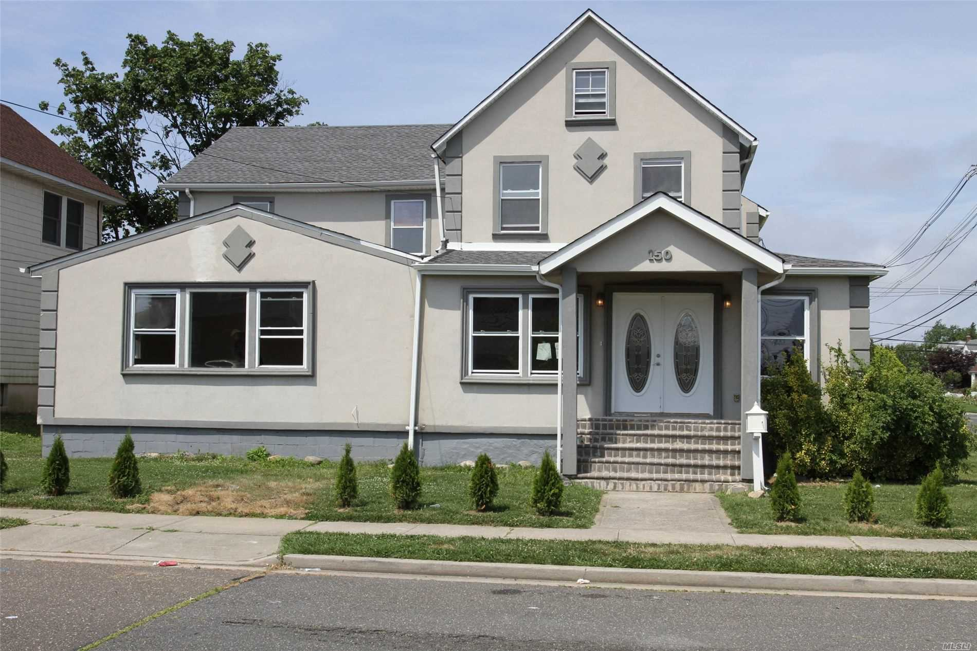 Residential For Sale in 150 Saint Marks Ave, Freeport, NY ,11520
