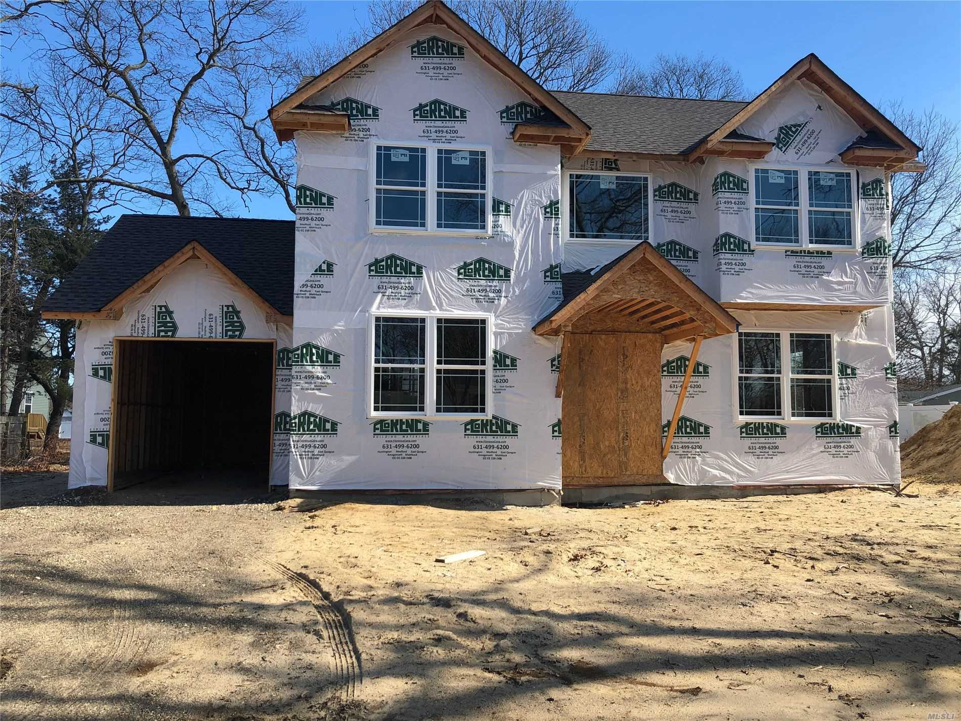 Residential For Sale in NC Pine St, Holtsville, NY ,11742