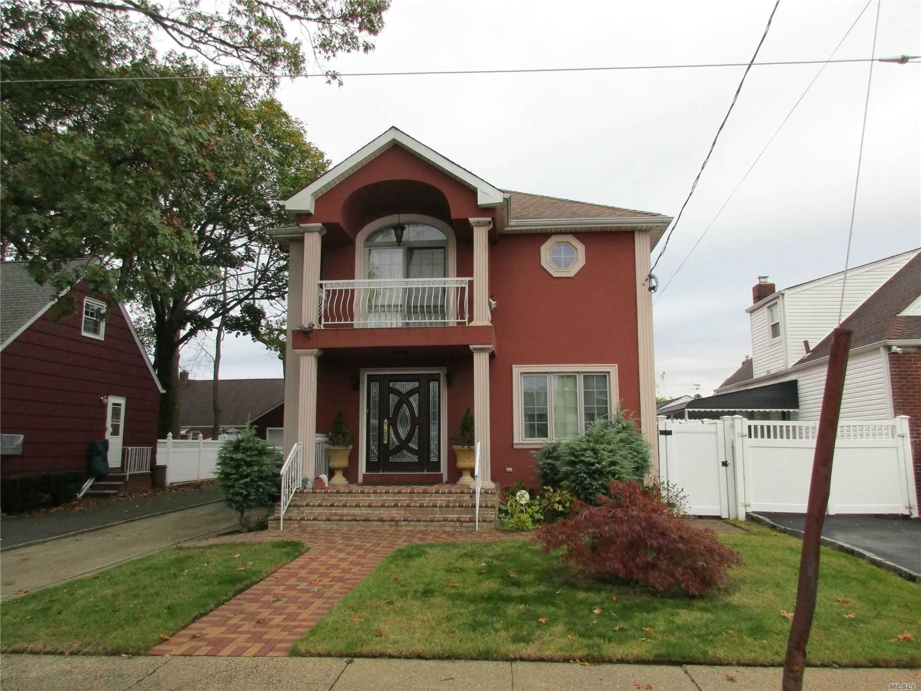 Residential For Sale in 848 Monroe St, W. Hempstead, NY ,11552