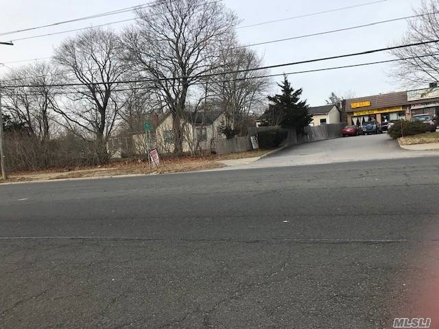 Commercial for sale in 825 Route 25, Middle Island, NY ,11953