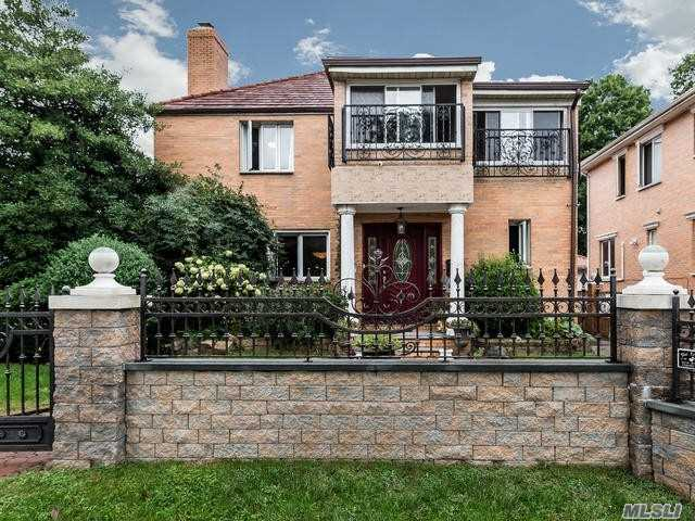 Residential For Sale in 216-05 85th Ave, Hollis Hills, NY ,11427