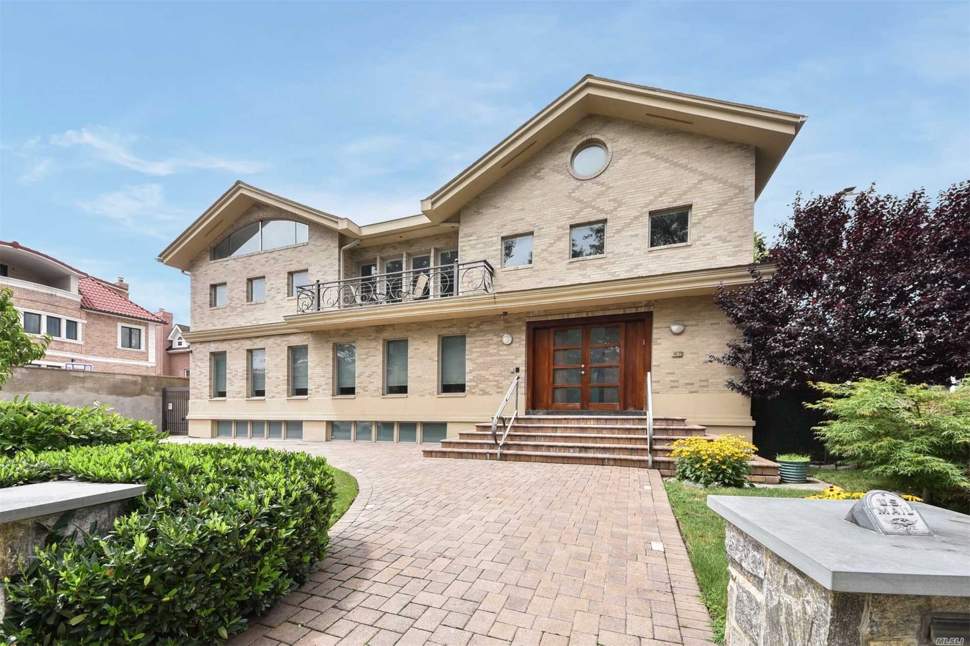 Residential For Sale in 184-27 Tudor Road, Jamaica Estates, NY ,11432
