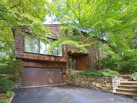 Residential For Sale in 12 Highland Ave, Sea Cliff, NY ,11579